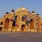インド:デリー】フマユーン廟でジャンプ!!